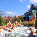 universal-island-brinquedos-com-agua-dudley-do-rights-ripsaw-falls
