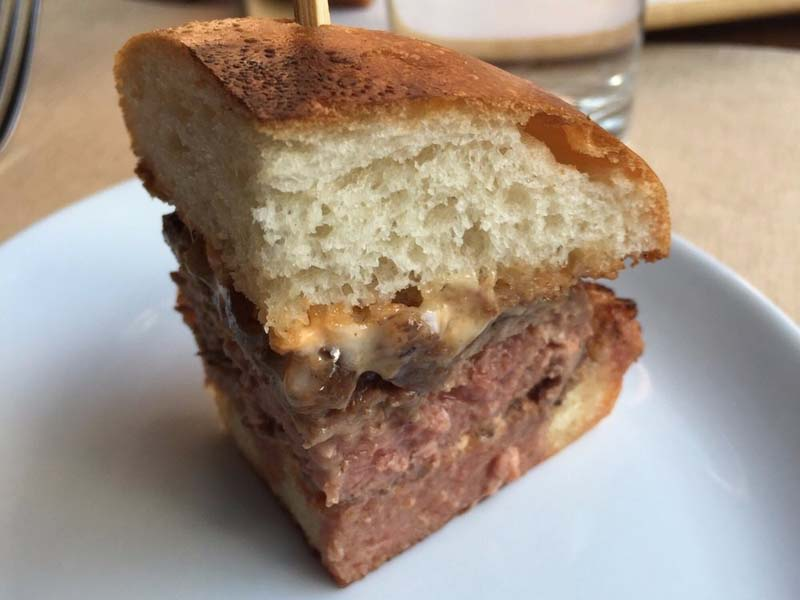 07-cheeseburger-no-bowery-meat-company