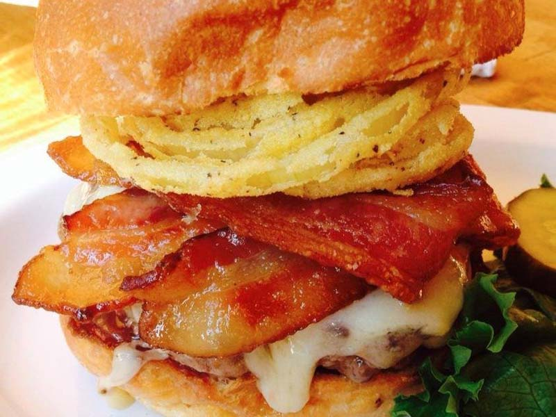 11-cheeseburger-no-peaches-hothouse-em-nova-iorque